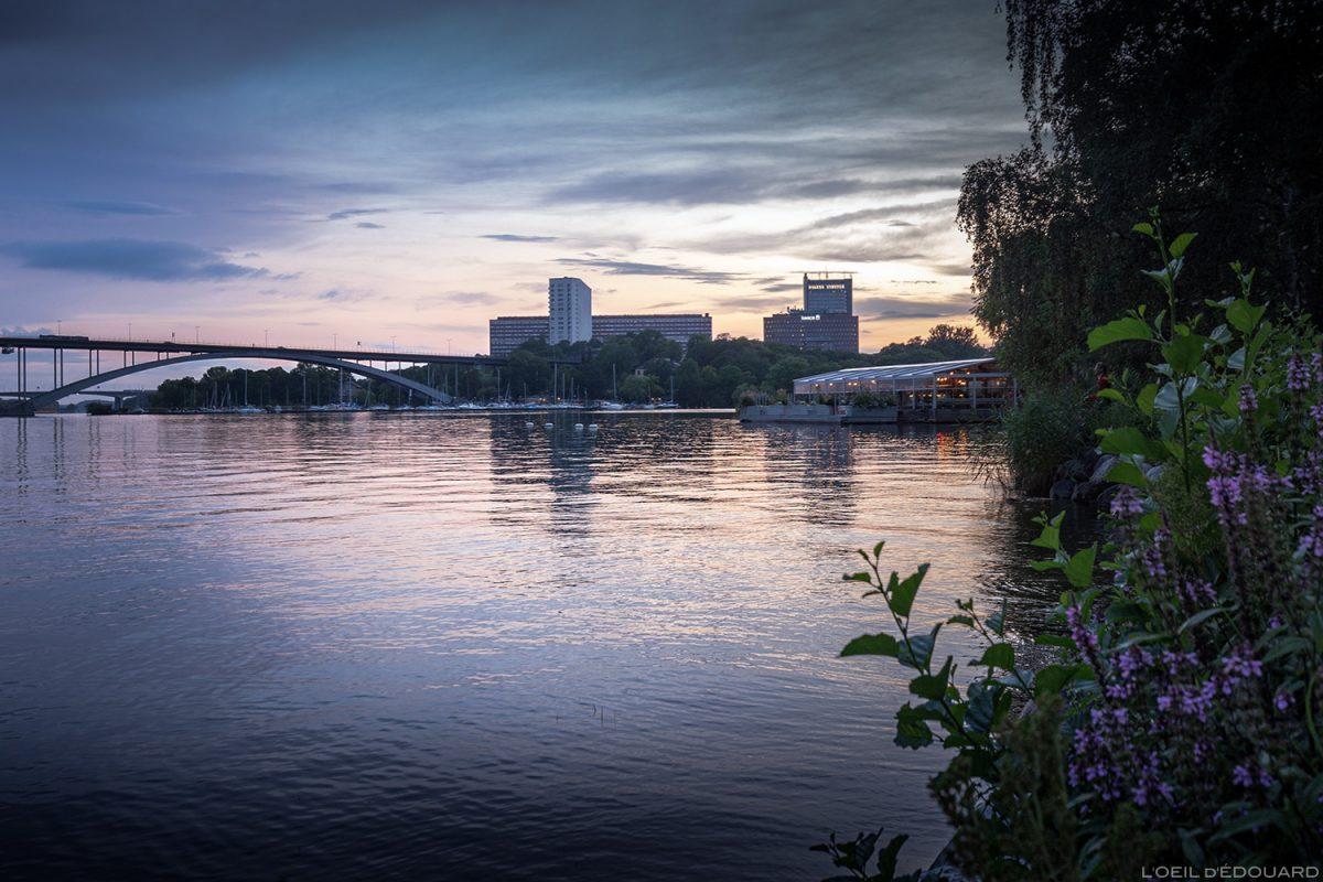 Canal e restaurante Mälarpaviljongen, Kungsholmen Estocolmo Suécia Suécia Suécia