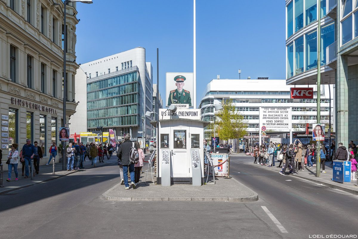 Checkpoint Charlie Berlin Germany Deutschland Alemanha