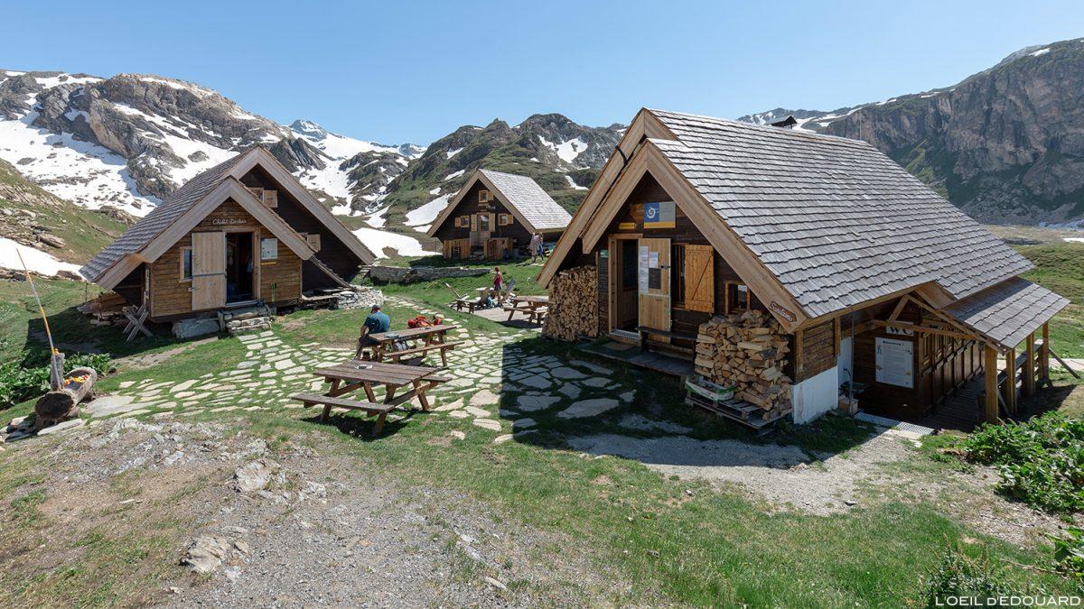 O refúgio Fond des Fours, o Maciço de la Vanoise e a Montagne des Alpes