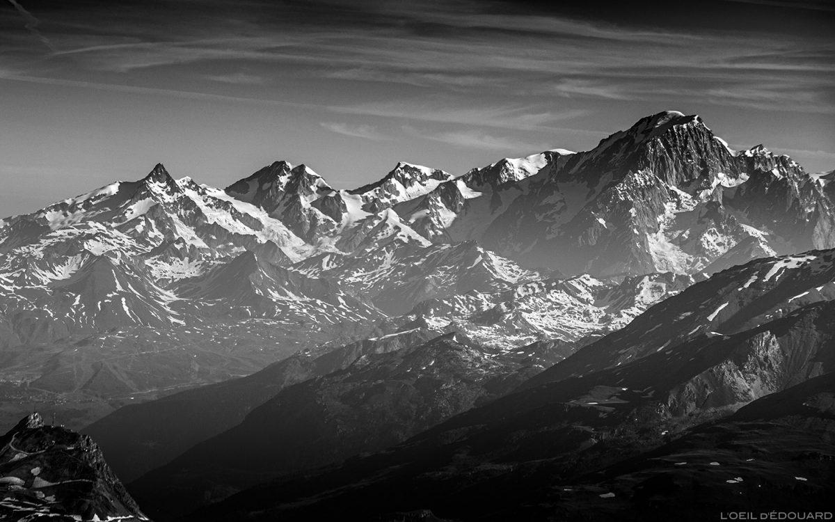 O maciço do Monte Branco do cume da Pointe de Méan Martin, montanhismo, maciço de Vanoise - montanhismo de montanha de paisagem alpina