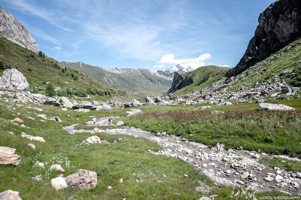 Ruisseau de la Neuva e Mont Blanc, Cormet de Roselend, Savoy Alps, Le Beaufortain