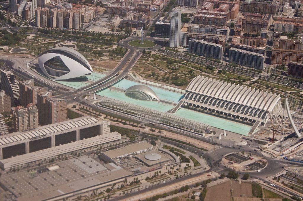 Vista da Cidade das Artes e das Ciências de Valência (Cidade das Artes e das Ciências / Cidade das Artes e das Ciências, Valência) Arquitetura Santiago Calatrava