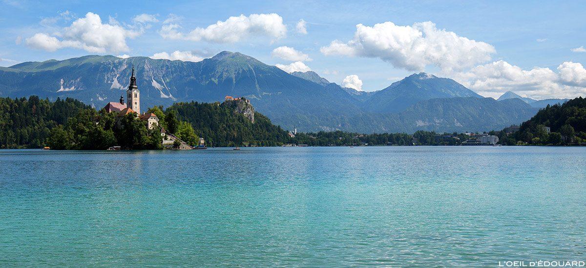 Lago Bled - O dule do Lago Bled com a Igreja da Assunção Igreja da Assunção, Eslovênia - Lago Bled, Eslovênia Eslovênia