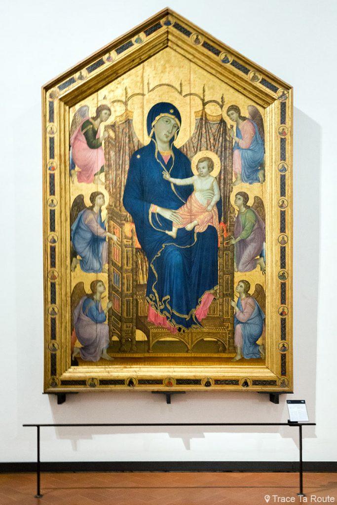"""A Virgem e o Menino entronizado com anjos """"Majestade de Santa Maria Novella"""" (1285) DUCCIO DI BUONINSEGNA - Museu da Galeria Office de Florença (Galeria Uffizi em Florença)"""