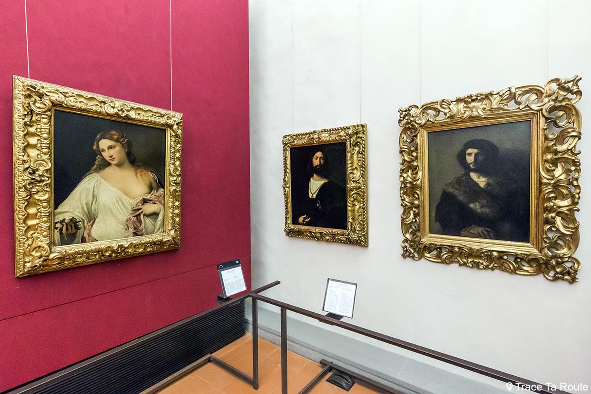 Sala para pintar os retratos de Ticiano - Museu da Galleria degli Bureaux em Florença (Galeria Uffizi em Florença)