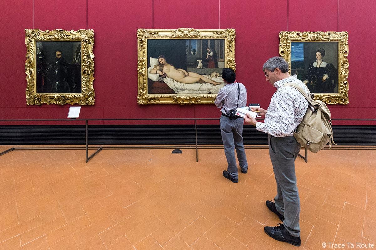 Sala de pinturas de Ticiano, Vênus de Urbino e retratos - Museu Uffizi de Florença (Galeria Uffizi de Florença)