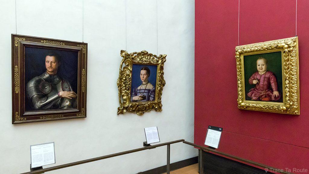 Pintura de retratos por BRONZINO - Florence Office Gallery Museum (Uffizi Gallery em Florença)