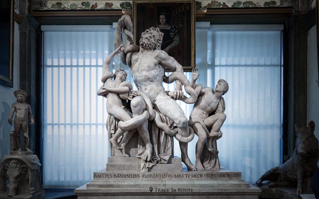 "Cópia da escultura de mármore de ""Laocoon e seus filhos"" - Florence Office Gallery Museum (Galeria Uffizi em Florença)"