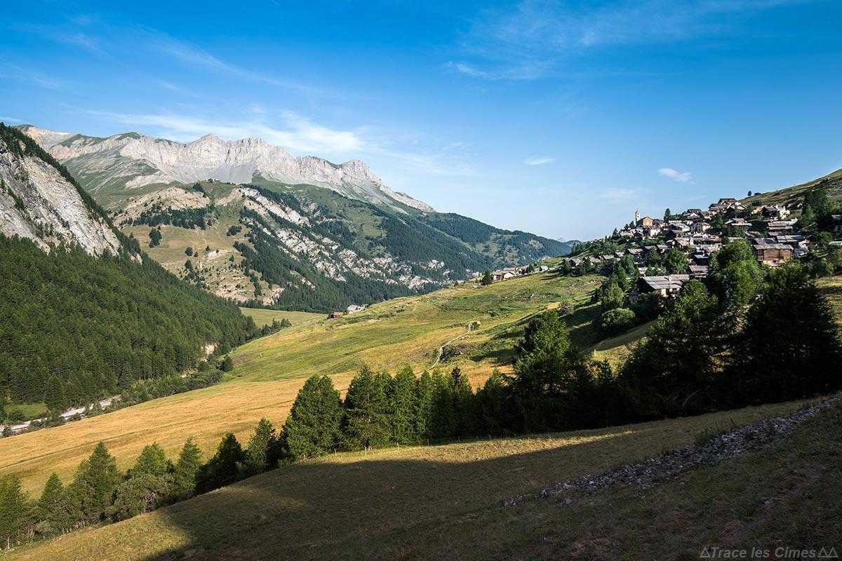 A aldeia de Saint-Véran e a Crête de la Rousse, Queyras (Hautes-Alpes)
