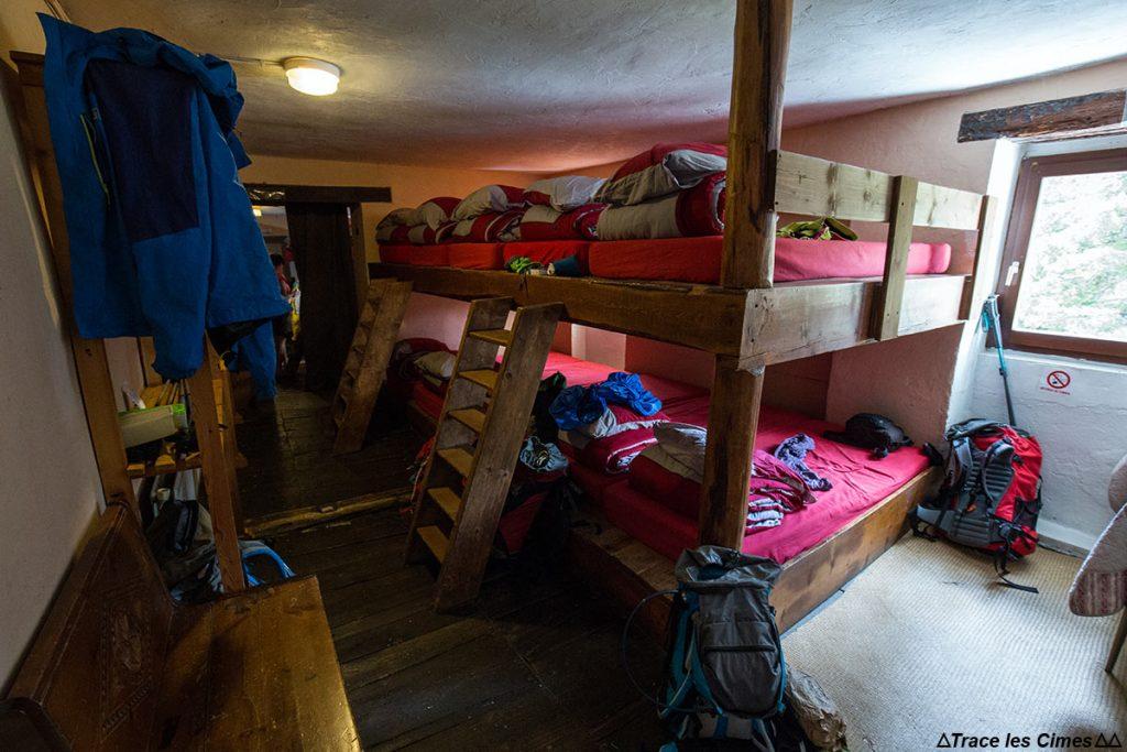 Dormitório noturno na rampa de lançamento de La Monta, Queyras