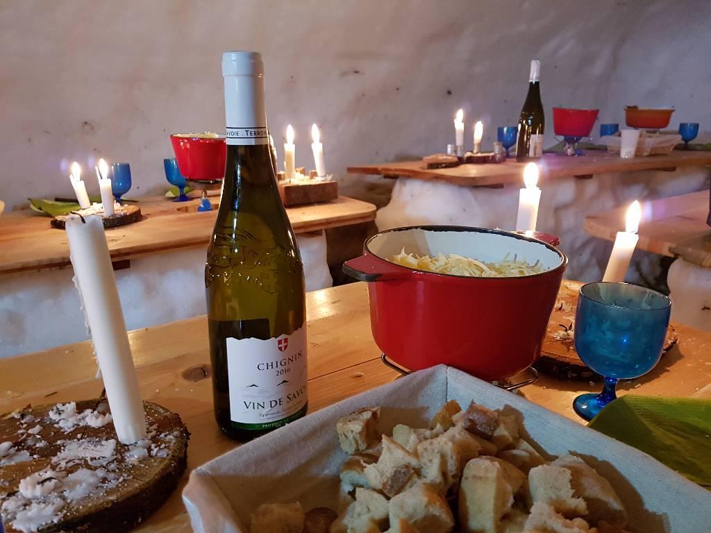 Noite de fondue no iglu