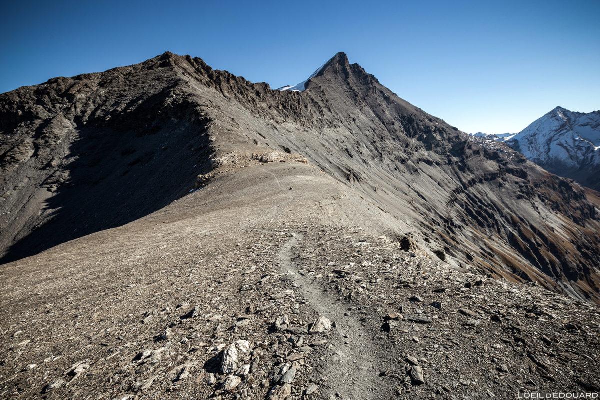 Brasão do trilho de caminhada Aiguille de la Grande Sassière, Alpes Grées Savoie © L'Oeil d'Édouard - Todos os direitos reservados