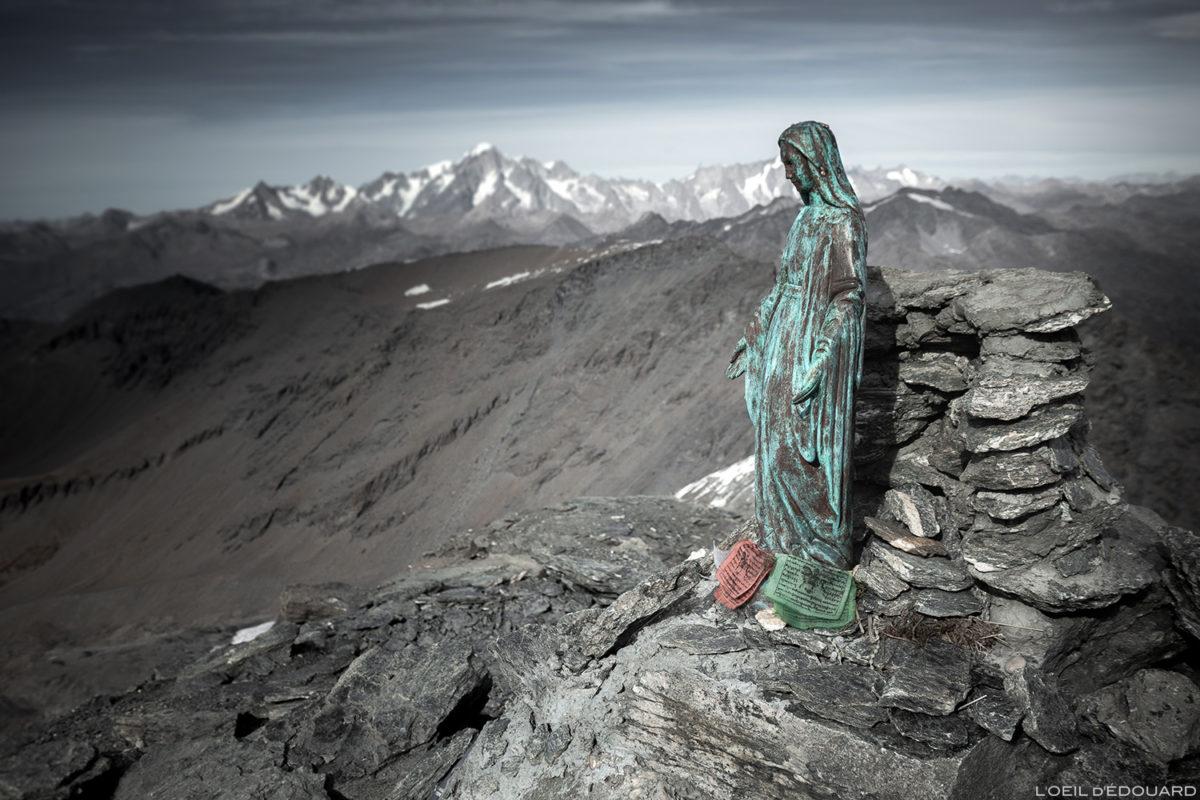 A estátua da Virgem no topo da Aiguille de la Grande Sassière (3747 m) - Alpes Grées, Montagne Savoie © L'Oeil d'Édouard - Todos os direitos reservados