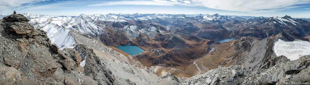 Vista panorâmica do alto da Aiguille de la Grande Sassière, dos Alpes Grées e do Monte Savoy © L'Oeil d'Édouard - Todos os direitos reservados