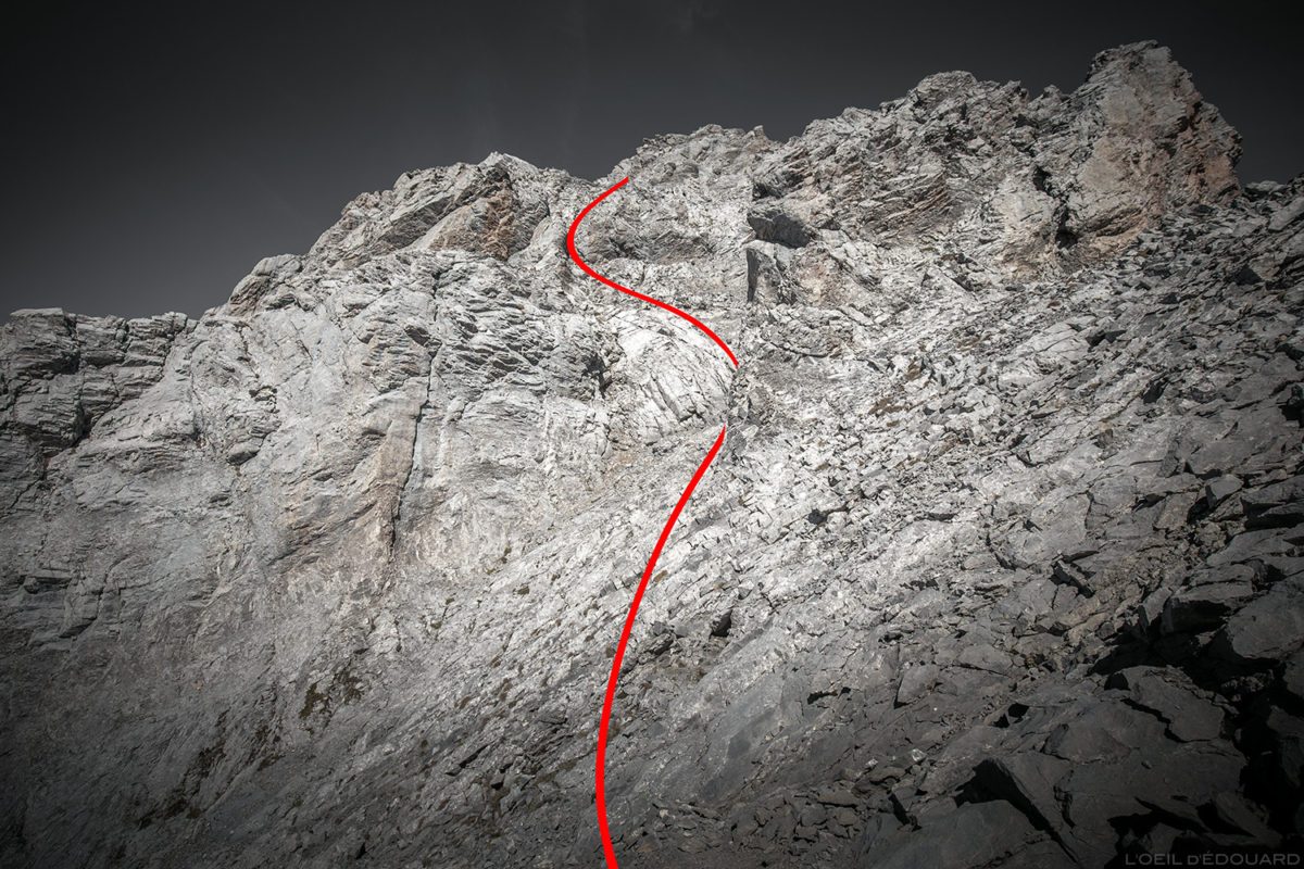 Rota de subida de La Pointe Percée pelos Cheminées de Sallanches, Aravis / Haute-Savoie
