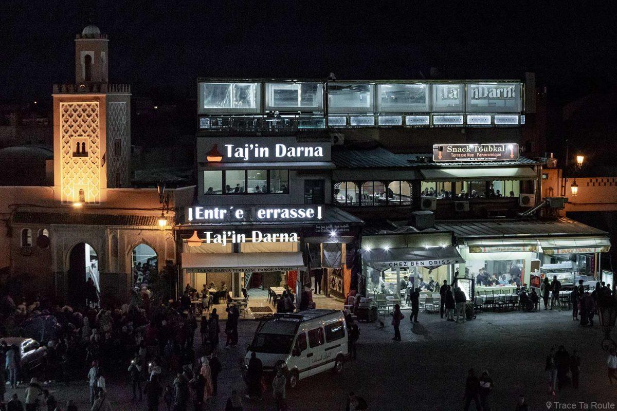Restaurantes Taj'in, Chez Ben Driss e Toubkal na Place Jemaâ El-Fna em Marrakesh, Marrocos