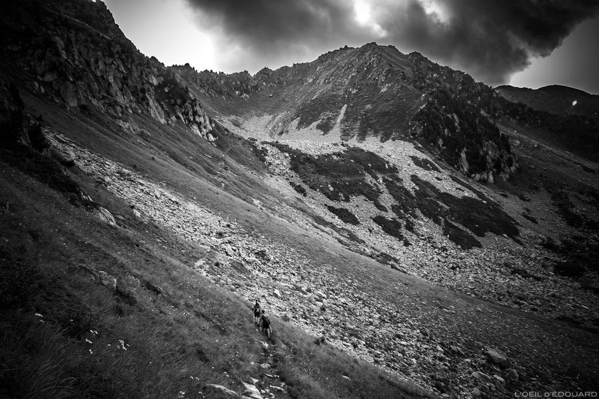Col de la Frèche e Pointe de la Frèche: trilha de caminhada aos Grands Moulins, Belledonne © L'Oeil d'Édouard - Todos os direitos reservados