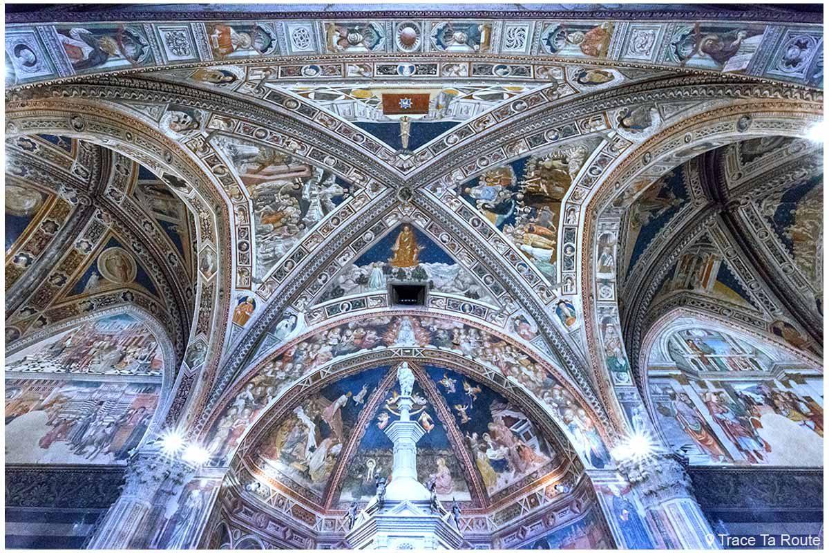 Afrescos internos Batistério de San Giovanni, Catedral de Siena / Afrescos internos Batistério de San Giovanni, Duomo OPA Siena