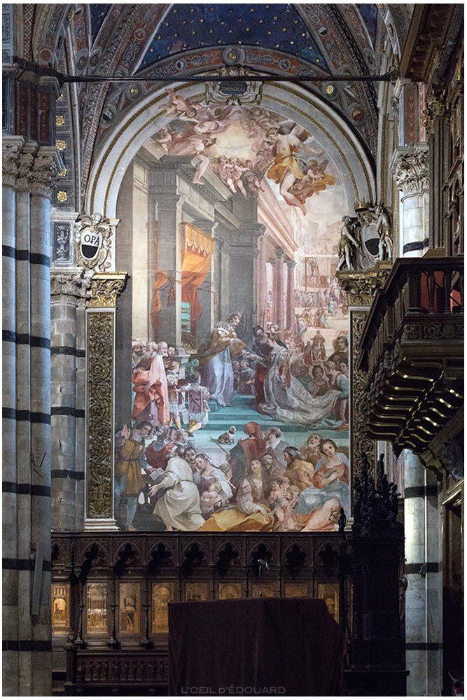 O casamento de Ester e Assuero (1608-1611) Ventura Salimbeni - Catedral de Siena Catedral de Siena com afrescos (Santa Maria Assunta)