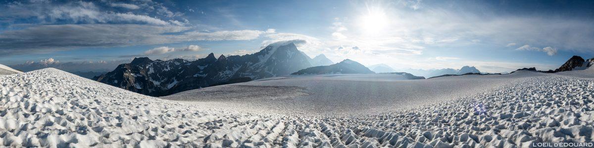Montanhismo: a geleira Roche Ferran com a Pointe de la Réchasse e a Grande Casse, Maciço de la Vanoise
