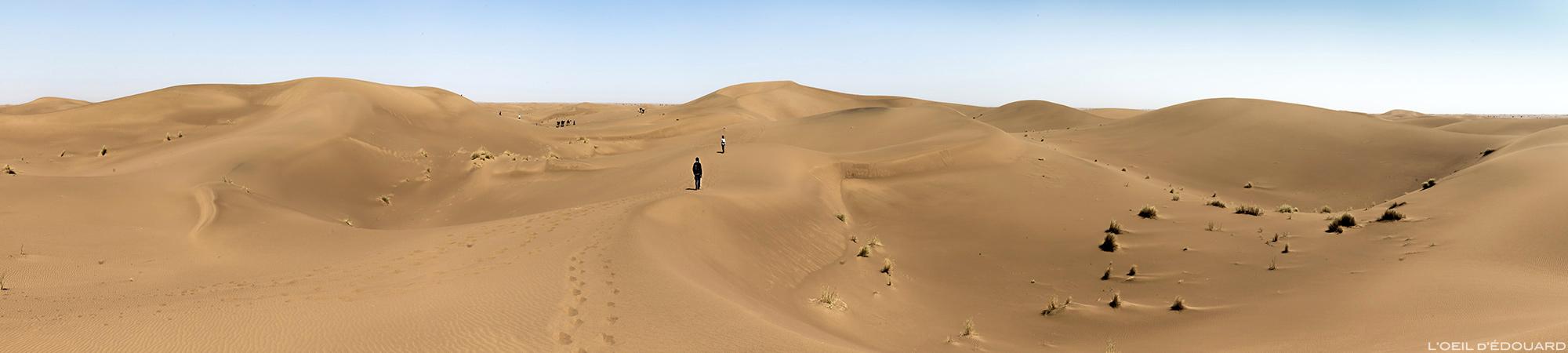 Dunas de areia no deserto de Marrocos