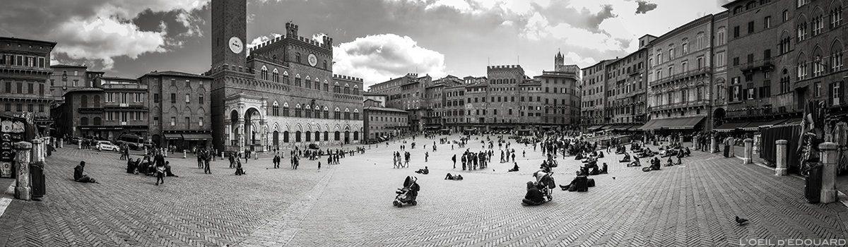 Piazza del Campo em Siena e Palazzo Pubblico em Siena (Museu Cívico)