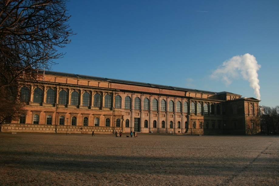A Alte Münchner Kunstgalerie de 1836 possui uma das coleções de arte mais importantes do mundo, com obras de Goya, Rembrandt, Velázquez e Da Vinci