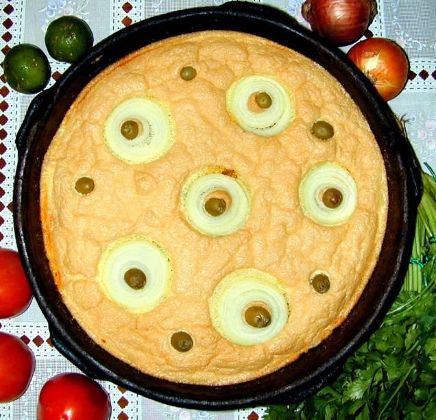 O bolo capixaba é tradicionalmente servido na Semana Santa, mas você pode experimentá-lo nos restaurantes locais durante todo o ano.