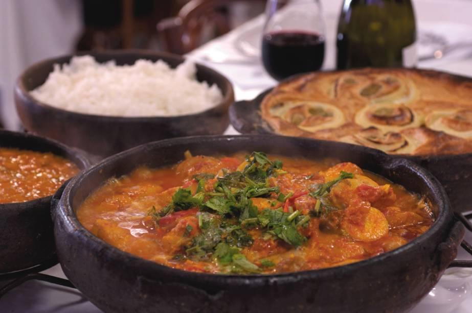 La Moqueca Capixaba é a especialidade do restaurante Pirão, eleito o melhor capixaba 2010/2011 pelo júri. Veja Espírito Santo Eat and Drink