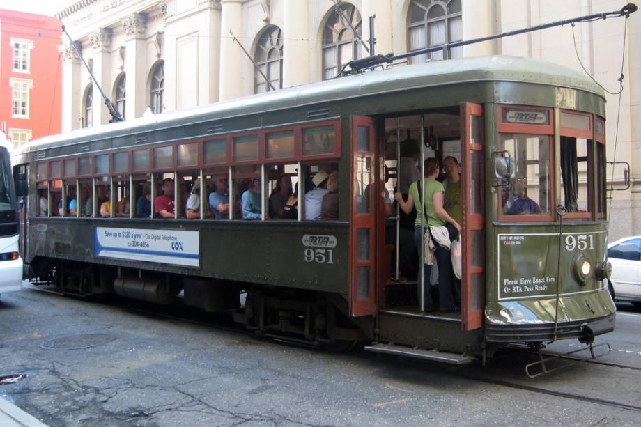 Os bondes são o meio de transporte mais conveniente nas áreas turísticas de Nova Orleans