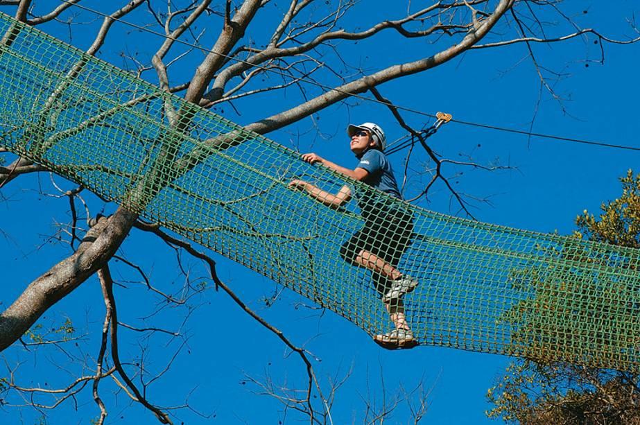 Prática de arborismo no Matadentro Eco Parque, Brotas (SP)