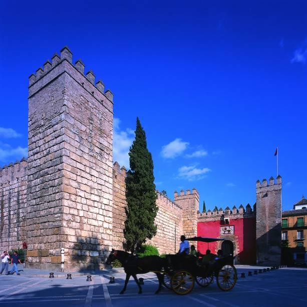 A combinação de elementos mouros e cristãos fez do Real Alcazar uma joia arquitetônica de Sevilha.