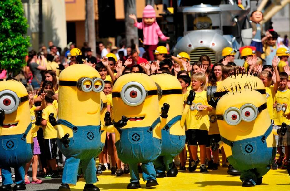 Desfile com os servos