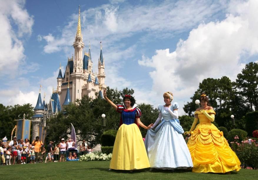 Branca de Neve, Cinderela e Beleza no reino mágico