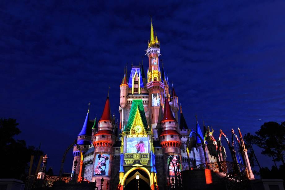 O Castelo da Cinderela no Magic Kindom é um símbolo de Orlando