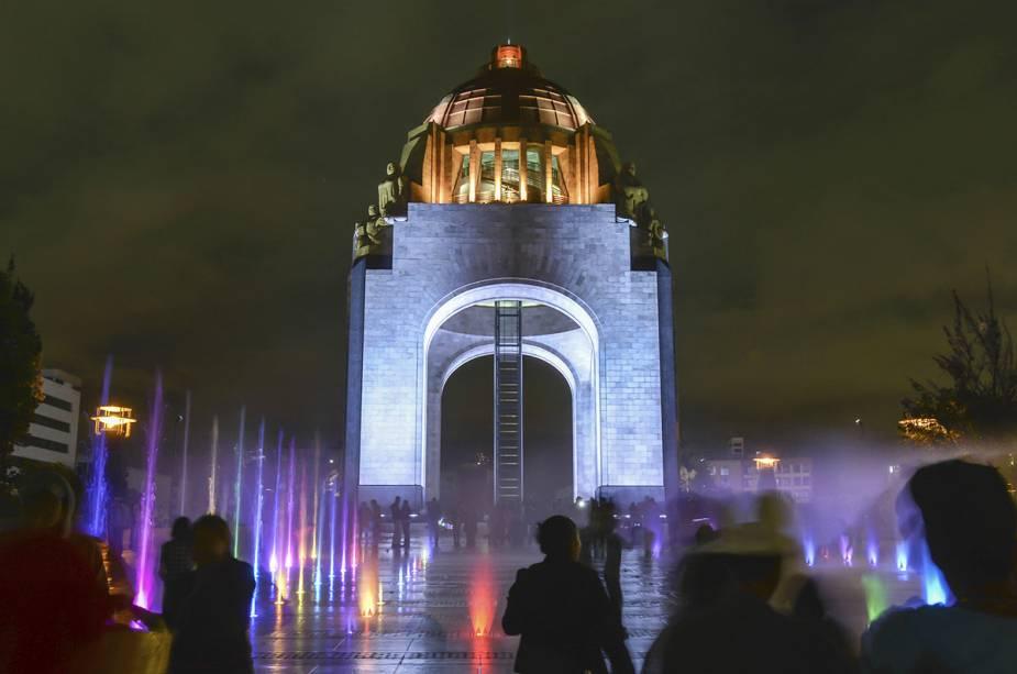 Monumento no centro do México