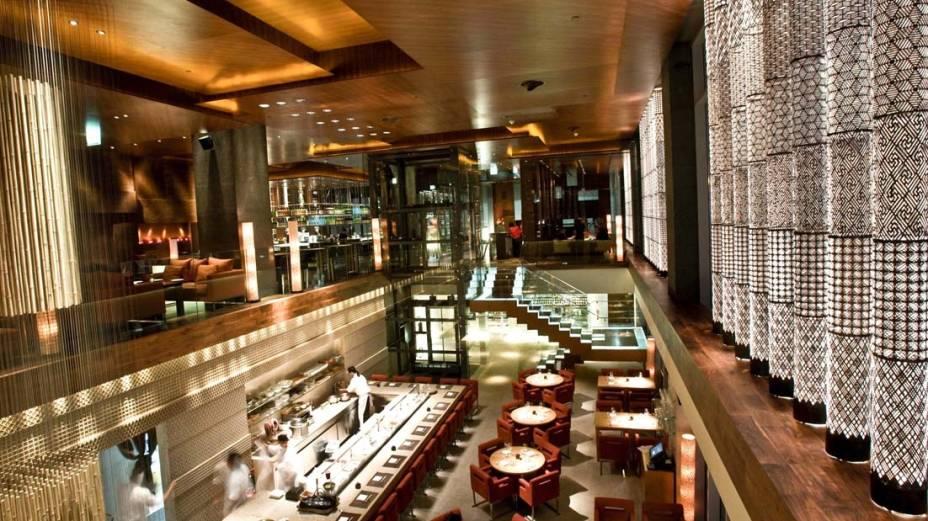 """The Zuma, em""""http://viajeaqui.abril.com.br/cidades/emirados-arabes-unidos-dubai"""" rel =""""Dubai"""" Objetivo =""""_vazio""""> Dubai já estava na lista dos melhores restaurantes do mundo na revista de restaurantes"""" class=""""lazyload"""" data-pin-nopin=""""true""""/></div> <p class="""