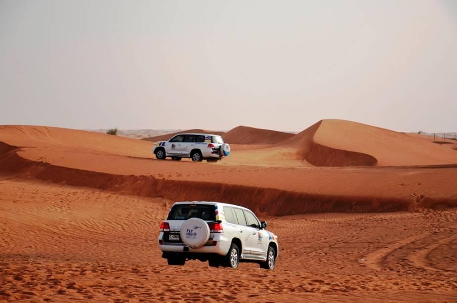 """Al Maha Desert Safari,""""http://viajeaqui.abril.com.br/cidades/emirados-arabes-unidos-dubai"""" rel =""""Dubai"""" Objetivo =""""_vazio""""> Dubai"""" class=""""lazyload"""" data-pin-nopin=""""true""""/></div> <p class="""