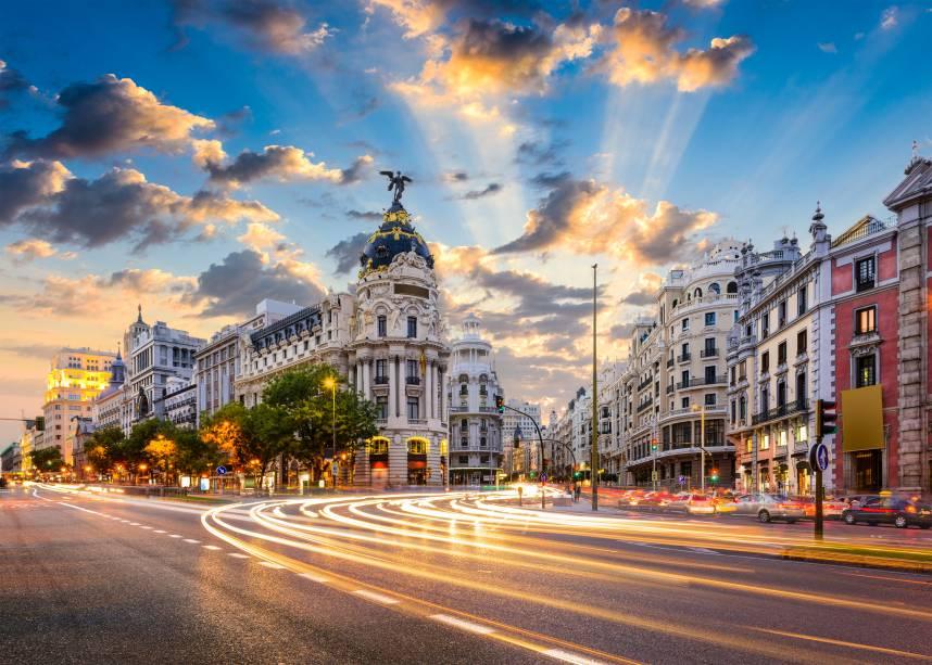 Madrid é a capital cultural de uma das línguas mais faladas no mundo e um país que luta para permanecer junto
