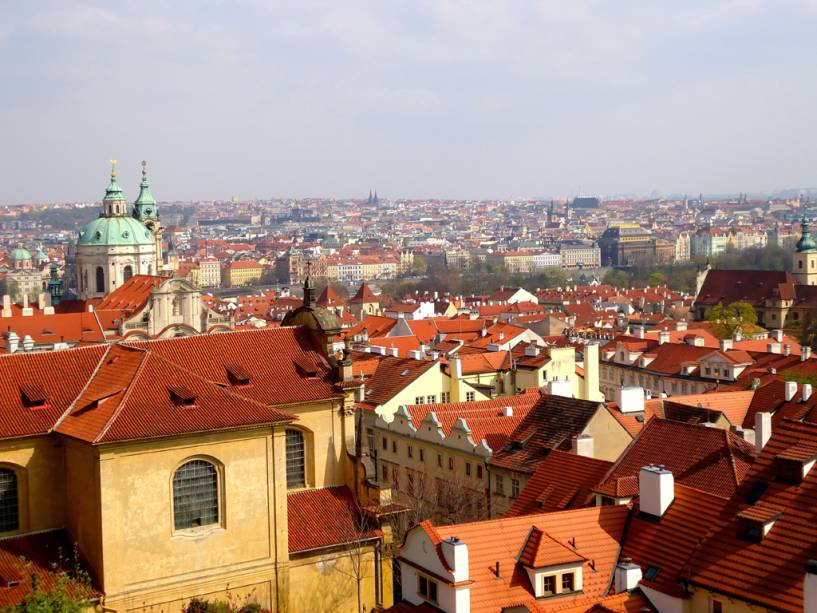 """visto de""""http://viajeaqui.abril.com.br/estabelecimentos/republica-tcheca-praga-atracao-prazky-hrad-castelo-de-praga"""" rel =""""Castelo de praga"""" Objetivo =""""_vazio""""> Castelo de Praga,""""http://viajeaqui.abril.com.br/paises/republica-tcheca"""" rel =""""República Checa"""" Objetivo =""""_vazio""""> República Tcheca"""" class=""""lazyload"""" data-pin-nopin=""""true""""/></div> <p class="""