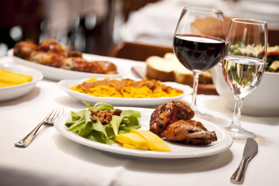 O restaurante Casa di Paolo, que, segundo o Guia Quatro Rodas, é um dos melhores frangos do Brasil