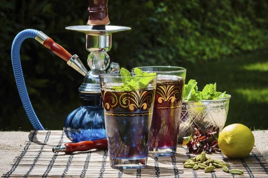 Chá de menta, pistache e narguilé fazem parte da rotina marroquina