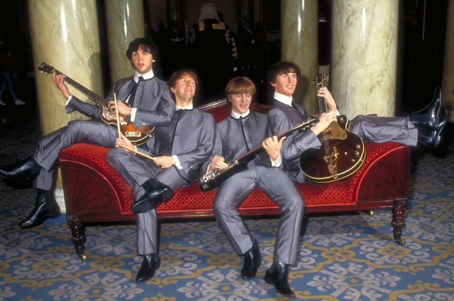 Estátuas dos Beatles em exibição no museu de cera Madame Tussauds
