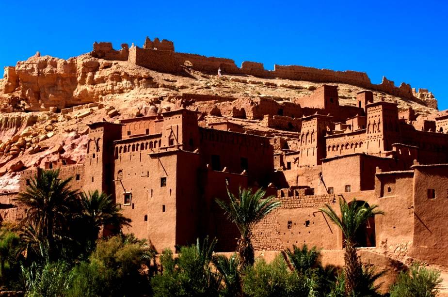 Uma visita à cidade murada de Ait BenAddhou, 190 km a sudeste de Marrakech, é um bom programa de um dia.