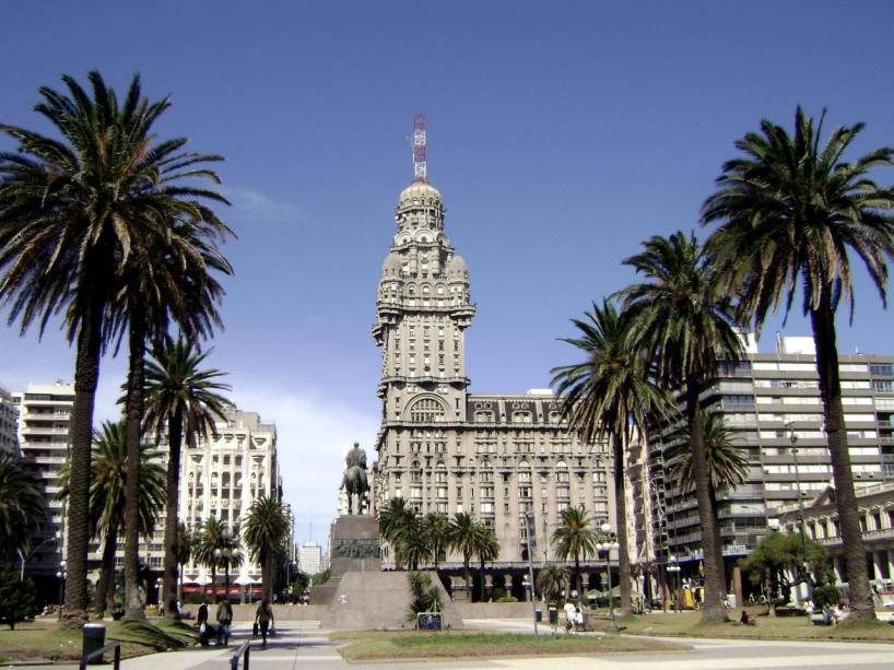 Palacio Salvo no centro de Montevidéu
