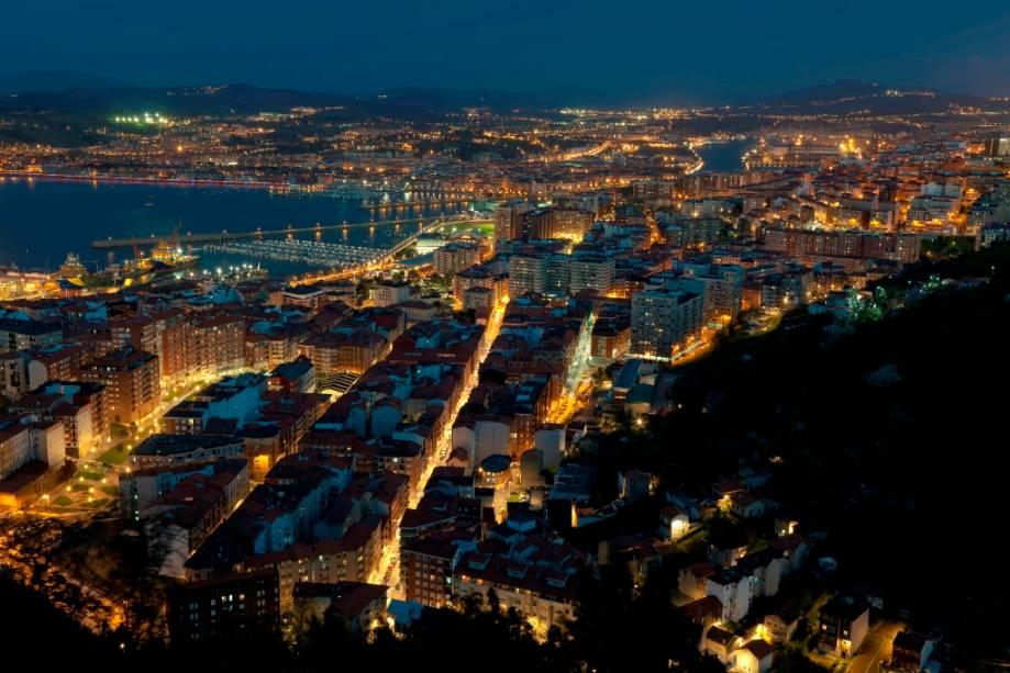 A cidade portuária de Santurtzi está localizada perto da foz do Nervión, a poucos quilômetros do centro de Bilbao.
