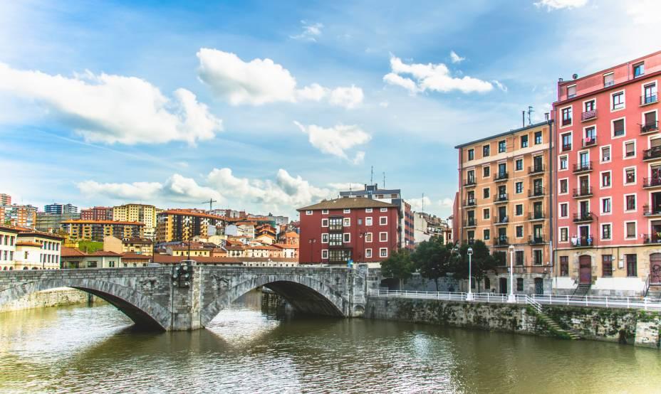 Bilbao já foi uma área portuária movimentada