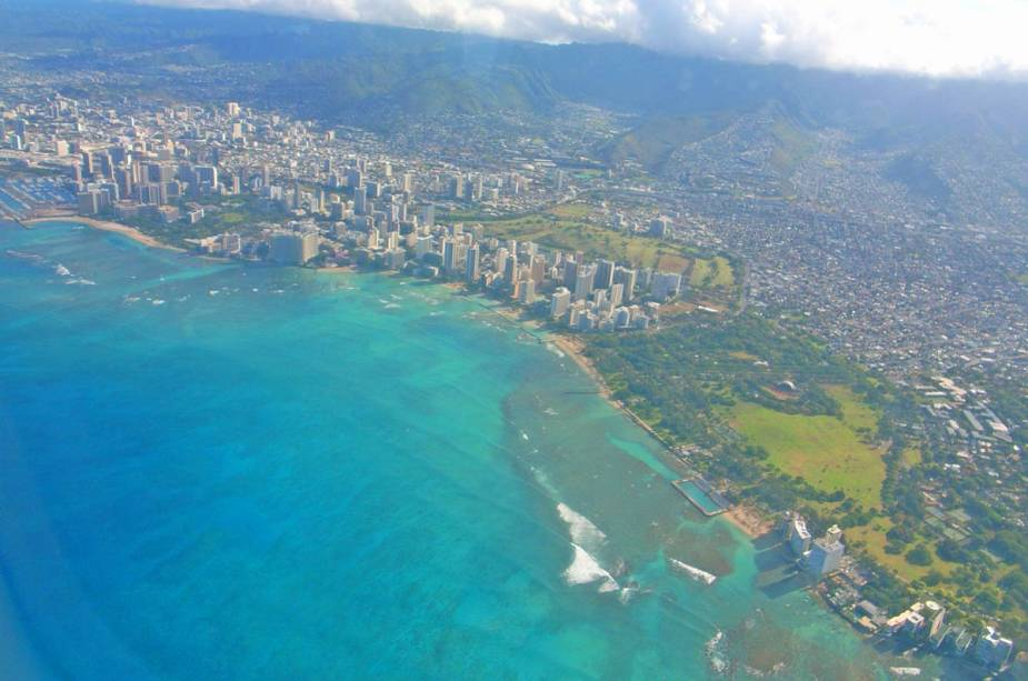 "Vista panorâmica de""http://viajeaqui.abril.com.br/cidades/estados-unidos-honolulu"" rel =""Honolulu"" Objetivo =""_vazio""> Honolulu, Havaí"" class=""lazyload"" data-pin-nopin=""true""/></div> <p class="
