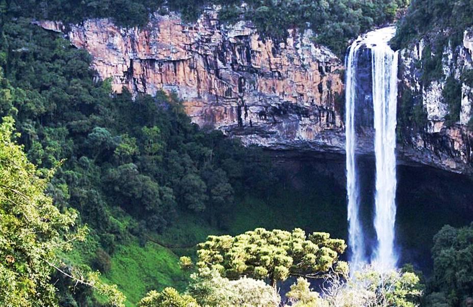 A Cascata do Caracol é o ponto mais alto do Parque Nacional de Canela no Rio Grande do Sul