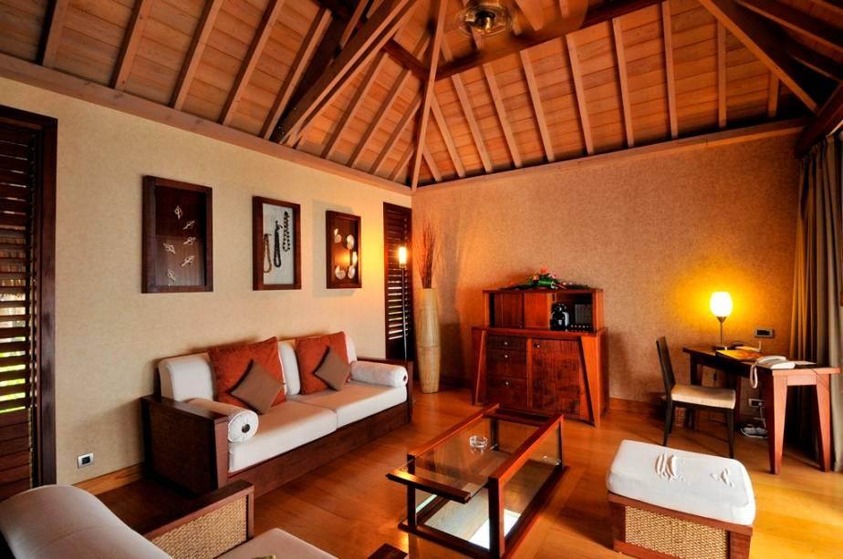 A decoração polinésia é o tema da maioria dos hotéis e resorts da região